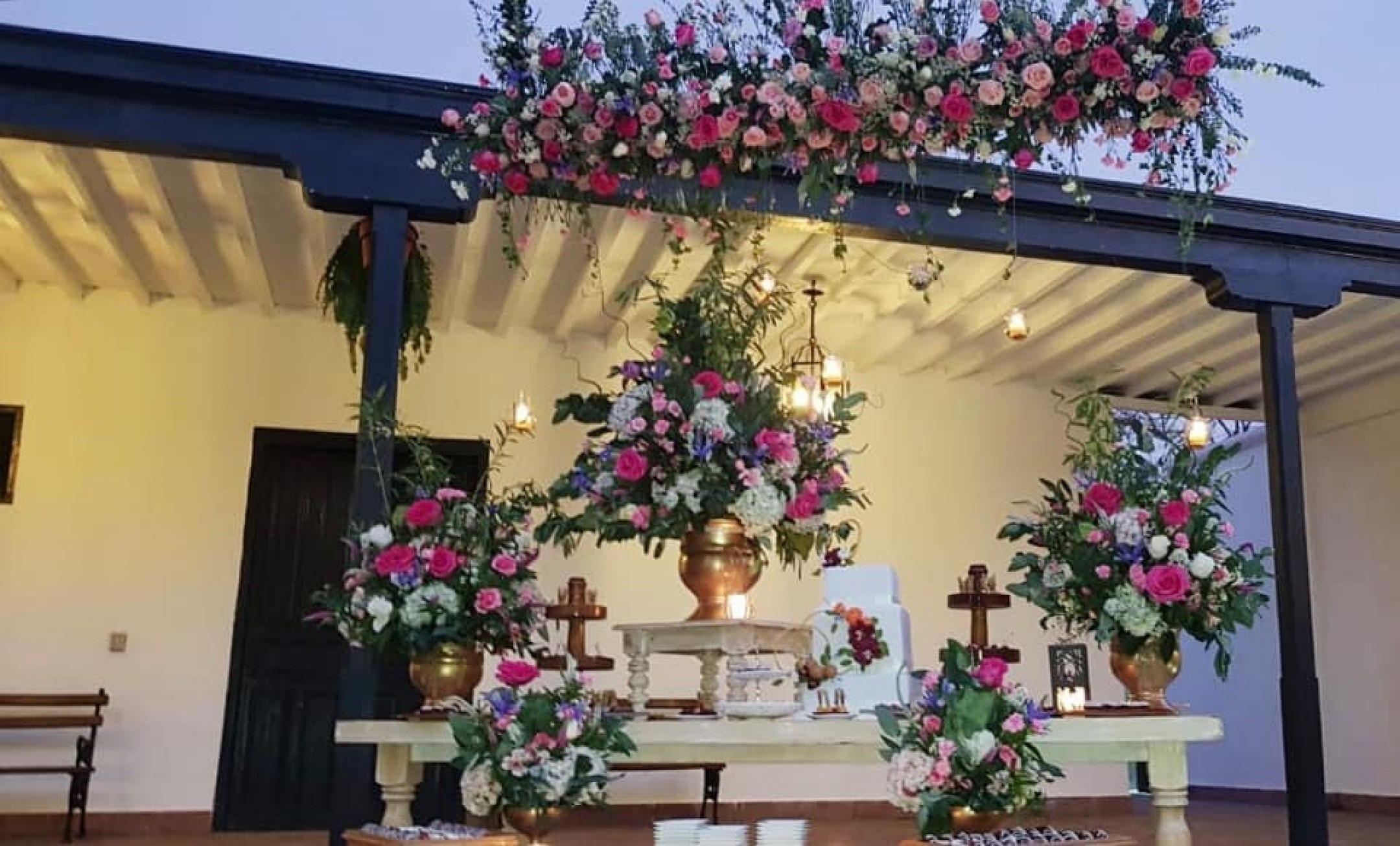 http://haciendabocanegra.com/images/chbn_AchmLlh8UM_large-1080_k0Xrd.jpg