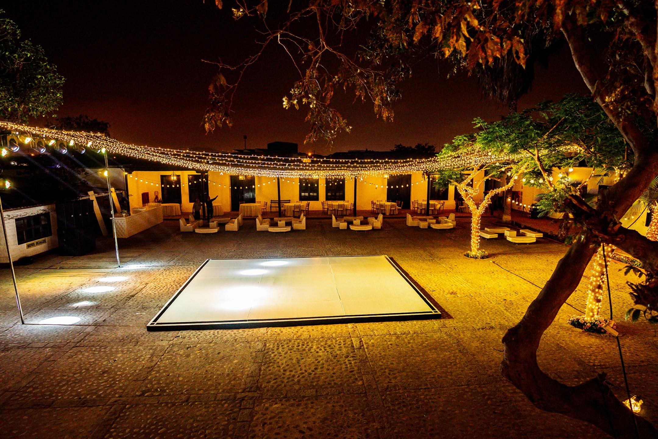 http://haciendabocanegra.com/images/chbn_Hkh7YYtpTv_large-1080_k51na.jpg