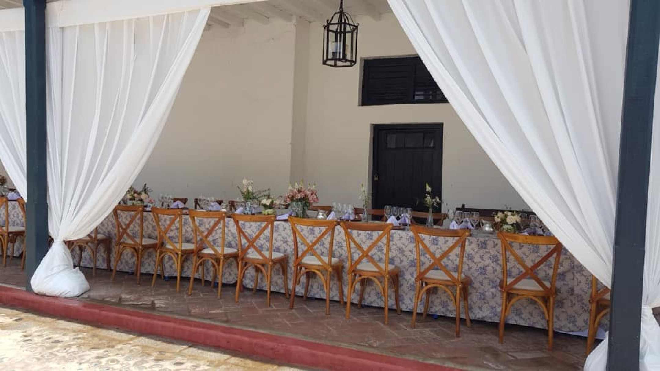 http://haciendabocanegra.com/images/chbn_dFQ9mOrt5S_large-1080_KP4Ka.jpg
